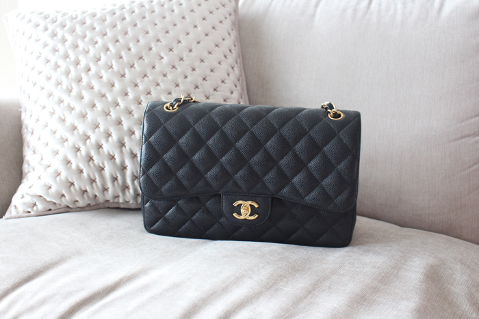 7afd42461227 Chanel Classic Jumbo… '5 Years On' Review: Wear and Tear, Weight, Value for  Money etc!