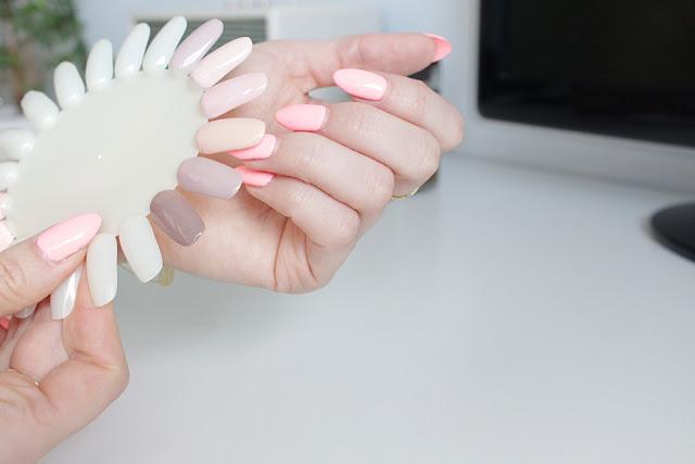 Kolory nude na paznokciach