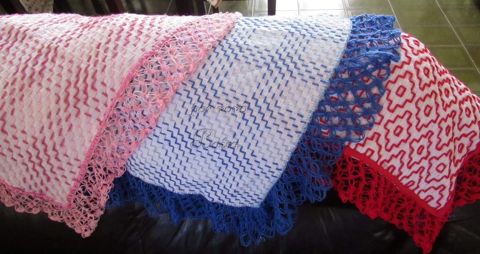 Mantas para bebê feitas no pano de saco e bordadas  a00978ca53b