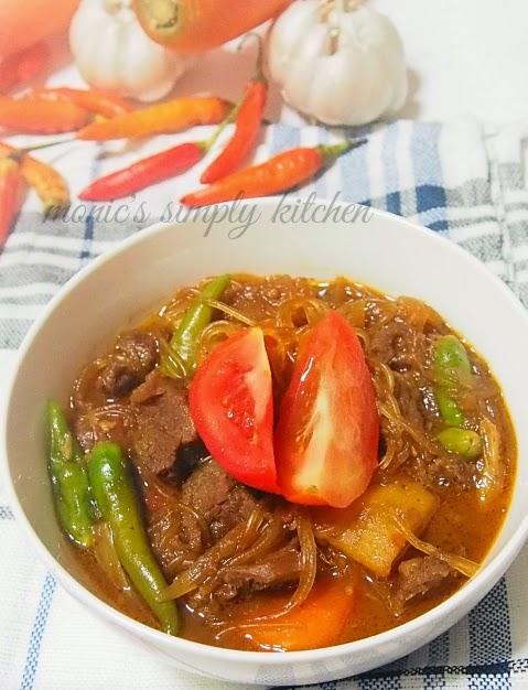 Semur Daging Sapi Kentang : semur, daging, kentang, Semur, Daging, Kentang, Wortel, Monic's, Simply, Kitchen