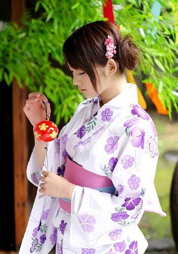 Serupa Tapi Tak Sama, Berikut Perbedaan Yukata dan Kimono
