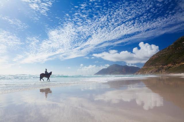 Menunggang Kuda di Noordhoek