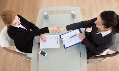 contoh pertanyaan wawancara kerja dan jawabannya