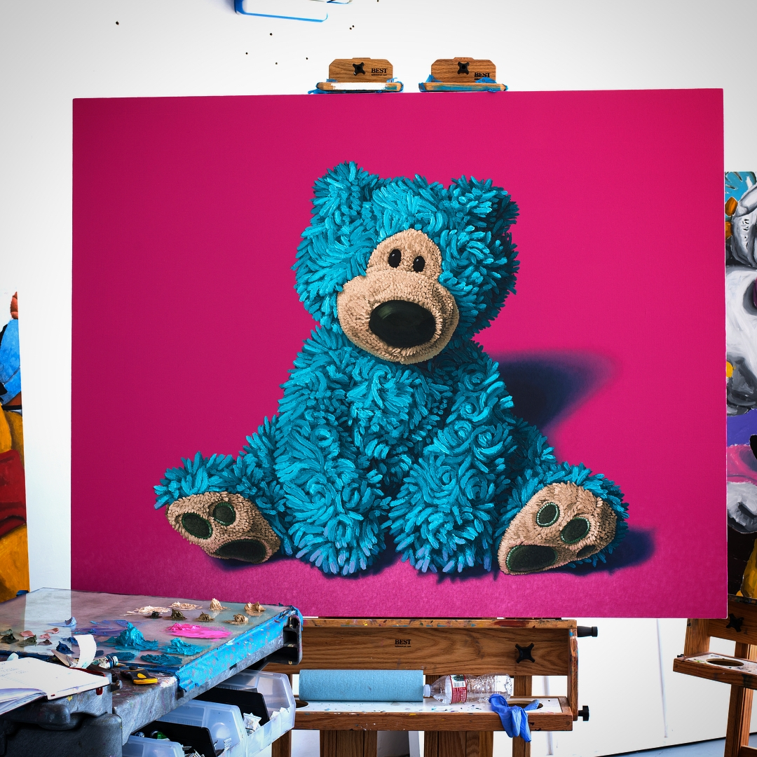 07-Blue-and-Brown-Bear-Brent-Estabrook-Realistic-Paintings-of-Stuffed-Animals-www-designstack-co