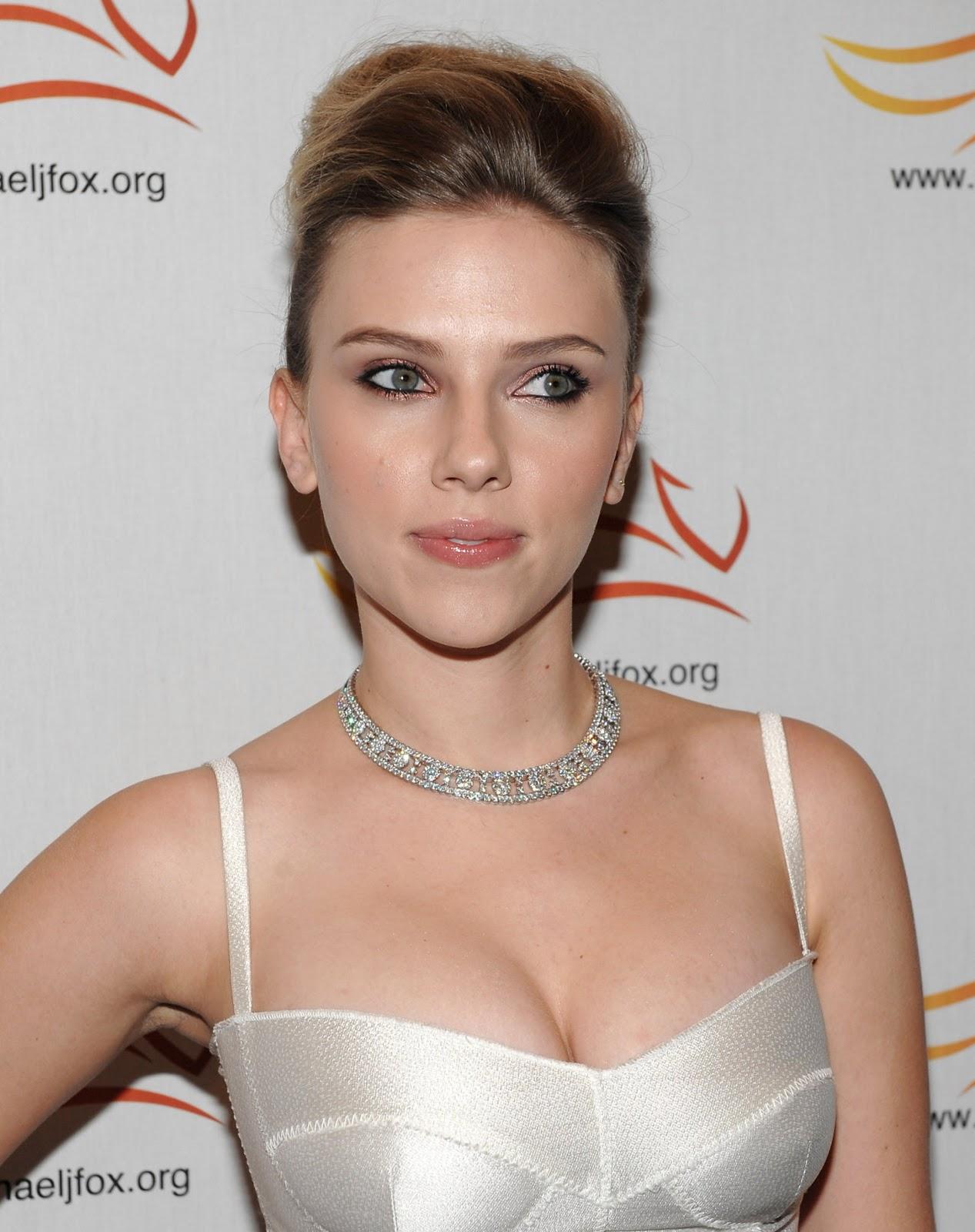 Wallpaper scarlett johansson white dress - Scarlett johansson blogspot ...