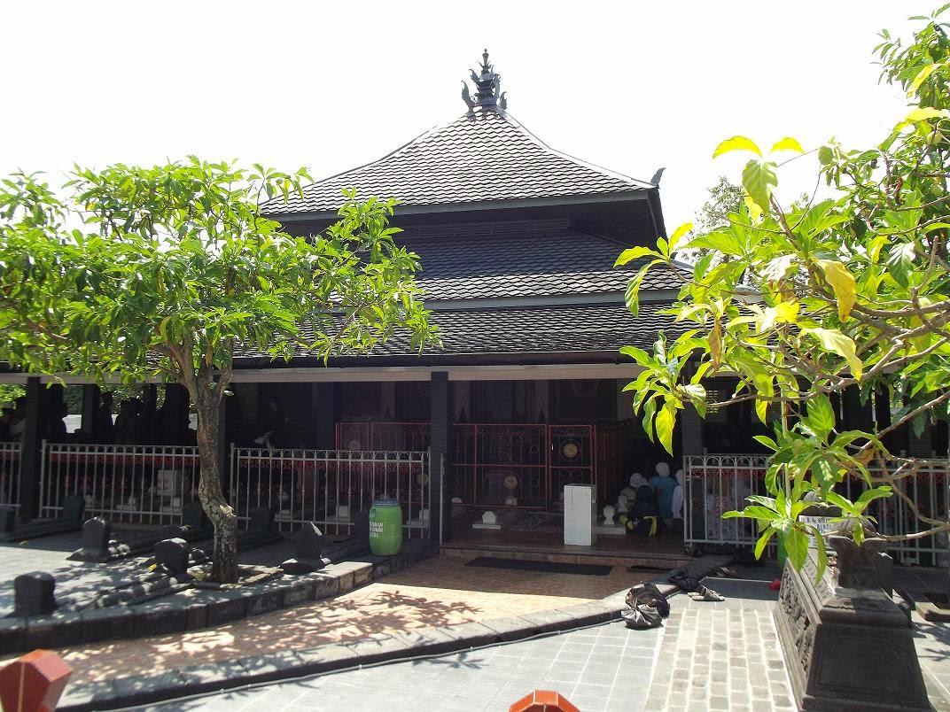 wahanawisata com makam sunan kalijaga wali yang menyebarkan islam rh klikalkautsar3 blogspot com