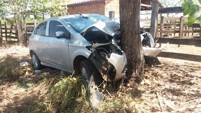 Secretária de Educação de Nina Rodrigues sofre grave acidente de carro