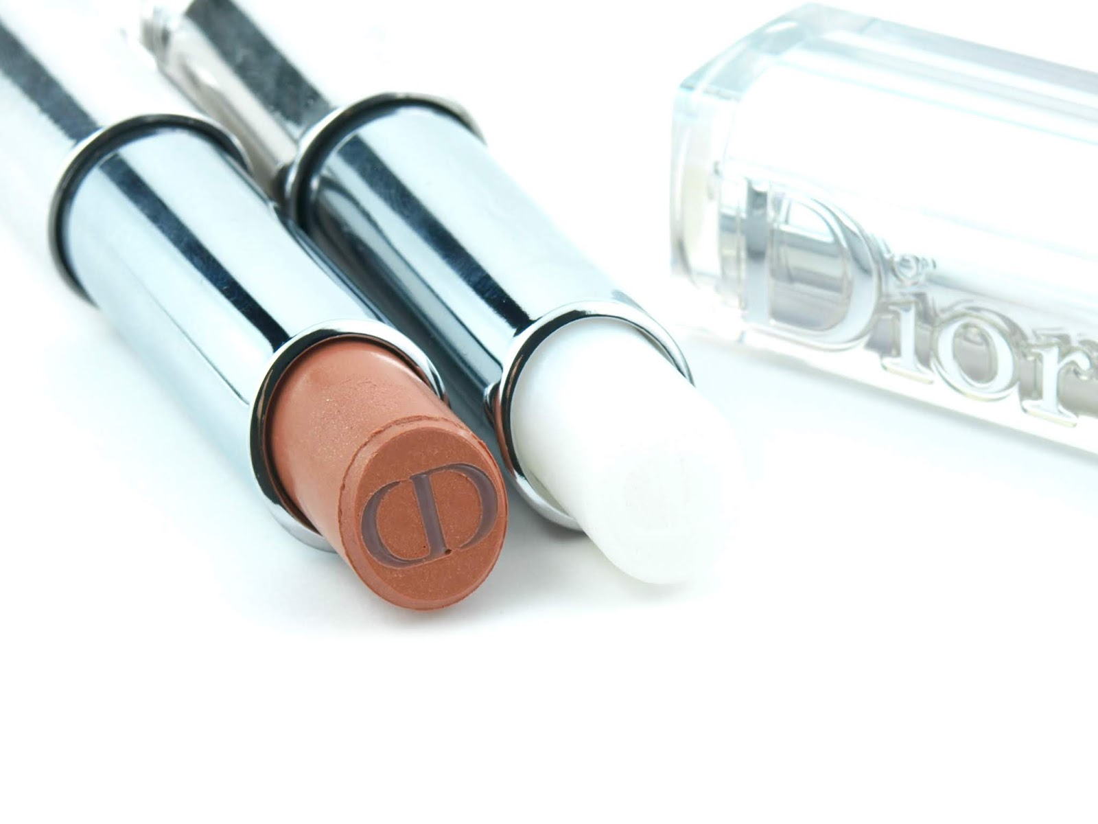"Dior | Summer 2018 Dior Addict Lipstick in ""040 White Splash"" & ""411 Nude Chill"": Review and Swatches"