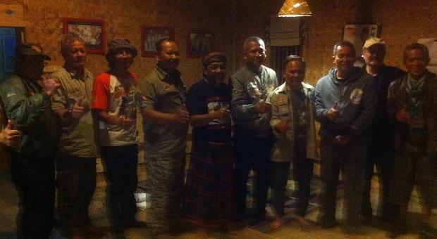 Paguyuban Jeep Bandung & GH 'Sapuk' Tebar Cinta Lingkungan