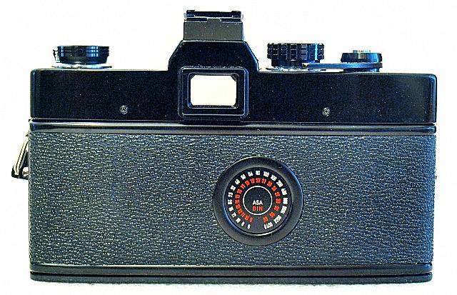 Minolta SRT-303, Back