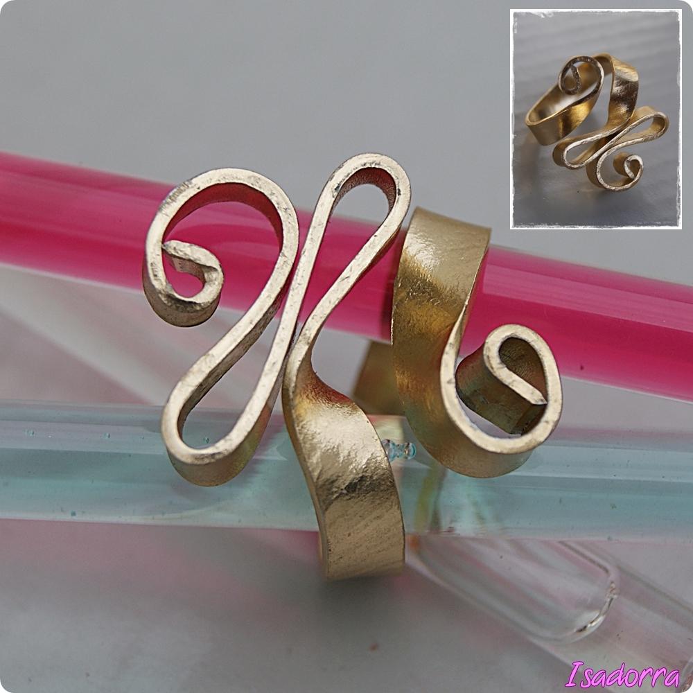bijoux perles et pierres bijoux fantaisie faits main une bonne id e de cadeaux pour no l. Black Bedroom Furniture Sets. Home Design Ideas