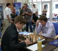 Carlsen vs Karjakin en el V Torneo de Ajedrez Regilor 2011
