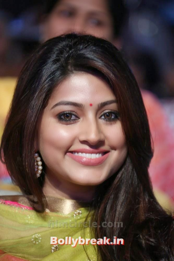 , Beautiful Long Hair Indian Actress Sneha pics at event