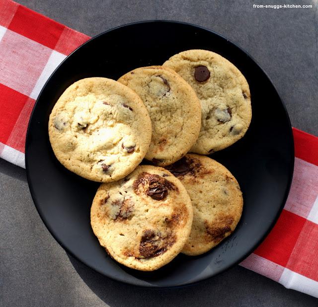 Tahin Chocolate Chip Cookies