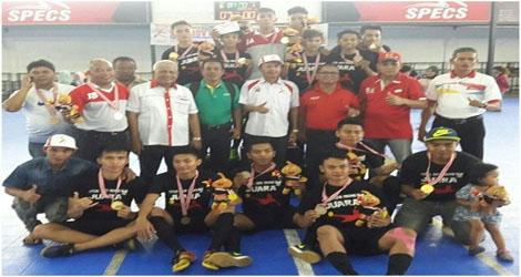 Bermaterikan Pemain PON Sumbar,Tim Futsal Kota Padang Cukur Tim Futsal 50 Kota