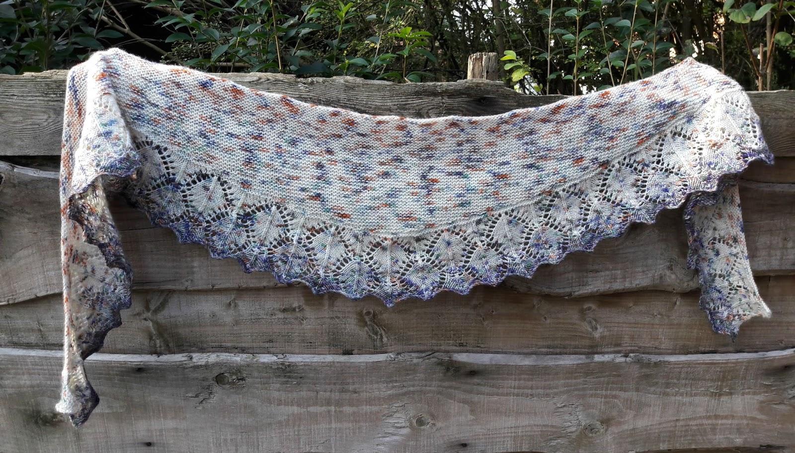 Winwick Mum: Aardvarkish Shawl free pattern and tutorial