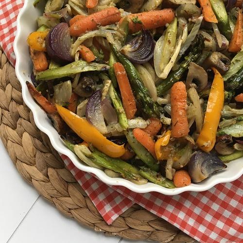 buntes Antipasti-Gemüse aus dem Backofen