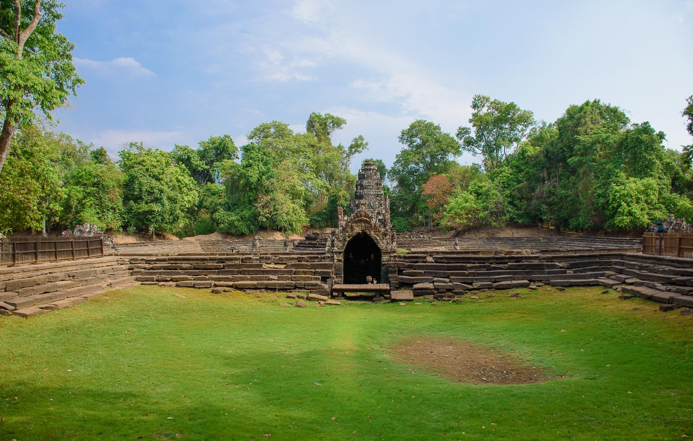 Banteay Sri, Banteay Samre, Preah Khan, Ta Som, and Neak Pean temples in cambodia