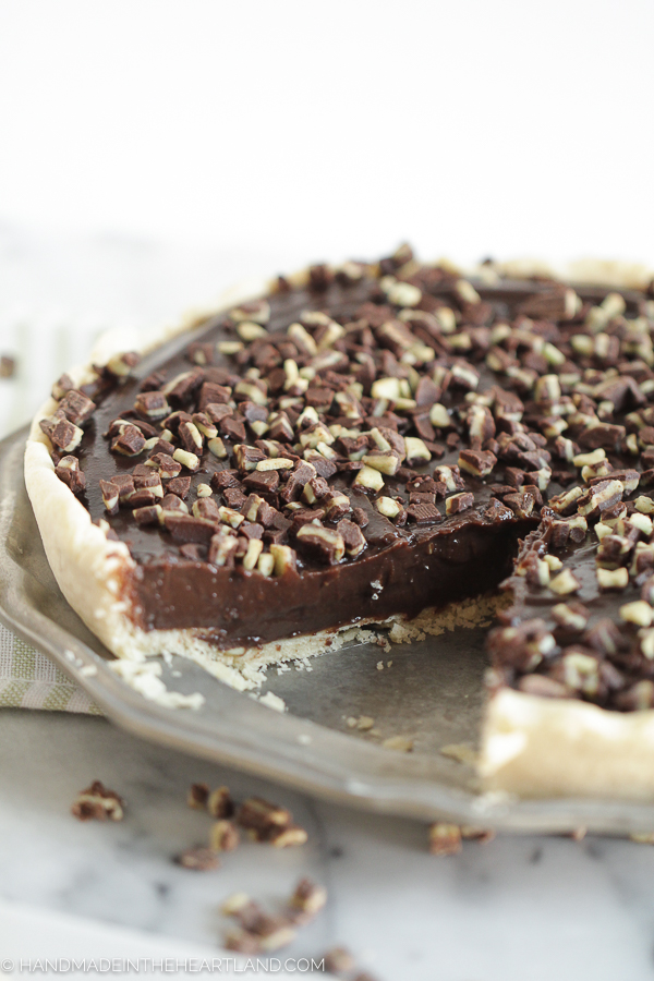 This recipe for chocolate mint pie is rich and delicious, perfect for Thanksgiving dessert.