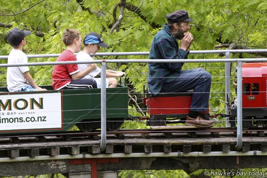 Lunchtime - Havelock North Live Steamers held an open weekend at Keirunga Park Railway, Havelock North. photograph
