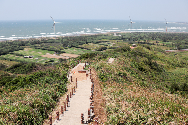 苗栗後龍半天寮好望角觀景台欣賞美麗海景、步道、大風車和碉堡