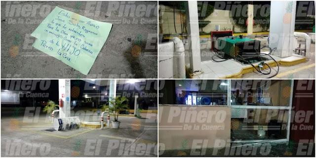 Crimen organizado desafiante en la Cuenca del Papaloapan: ataca gasolinera de José Soto en Loma Bonita; causa destrozos, tira bombas y deja…amenazante mensaje