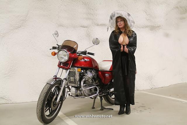 Pääsiäinen, noita, moottoripyörä, Easter, witch, motorcycle, Viivi