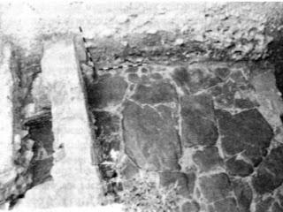 Calzada romana en calle Fernando Labrada