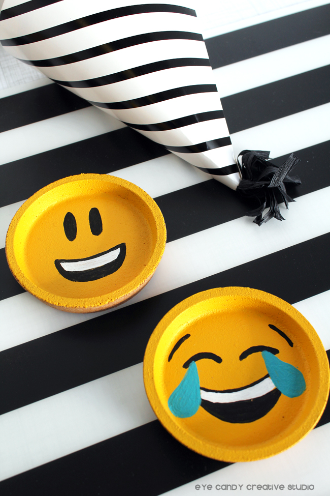 happy face emoji, laughing face emoji, emoji coasters, emoji craft idea