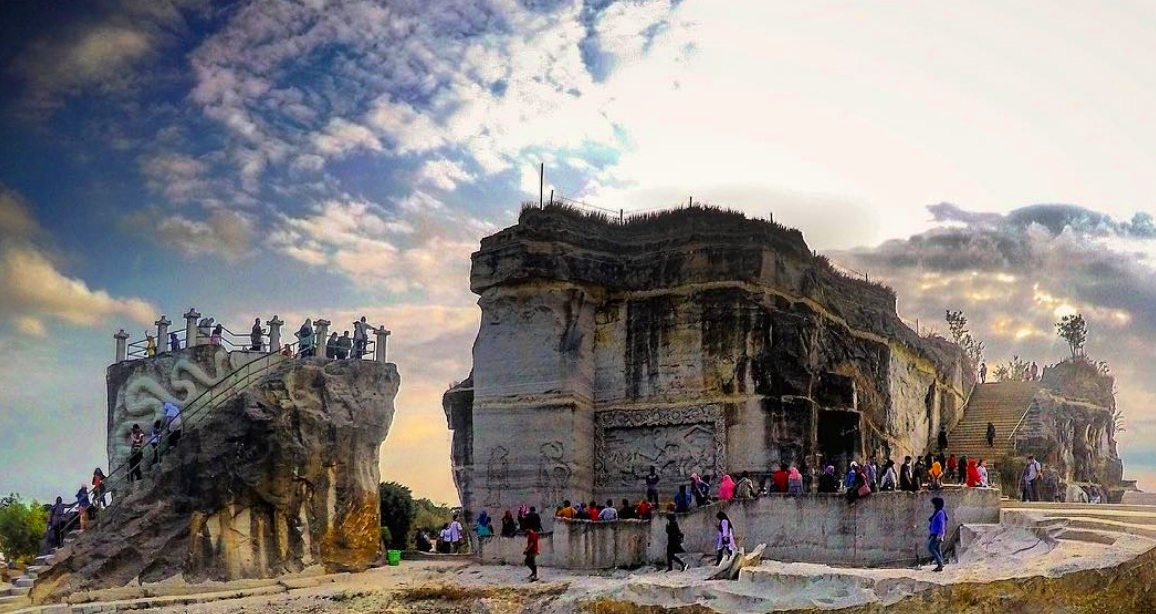 Tebing Breksi Mirip Istana Sejarah Tiket Masuk Jam Buka Dll
