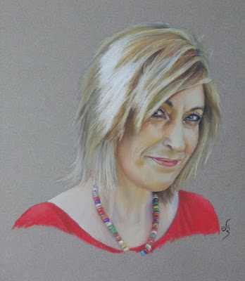 Retrato a pastel  de mujer rubia