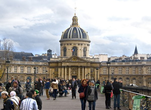 Institute de France Bangunan terkenal di Paris