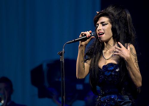 Video: Amy Winehouse en Glastonbury (Concierto Completo)