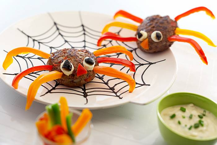 Teasy Spider Welsh Beef Burgers For Halloween
