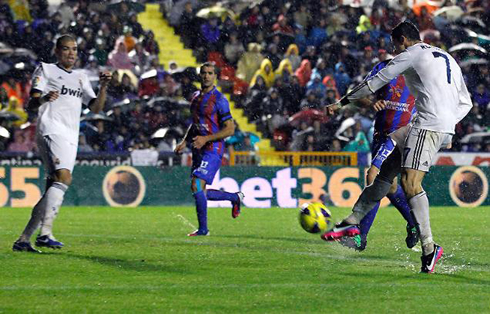 The Corner Levante 1 2 Real Madrid