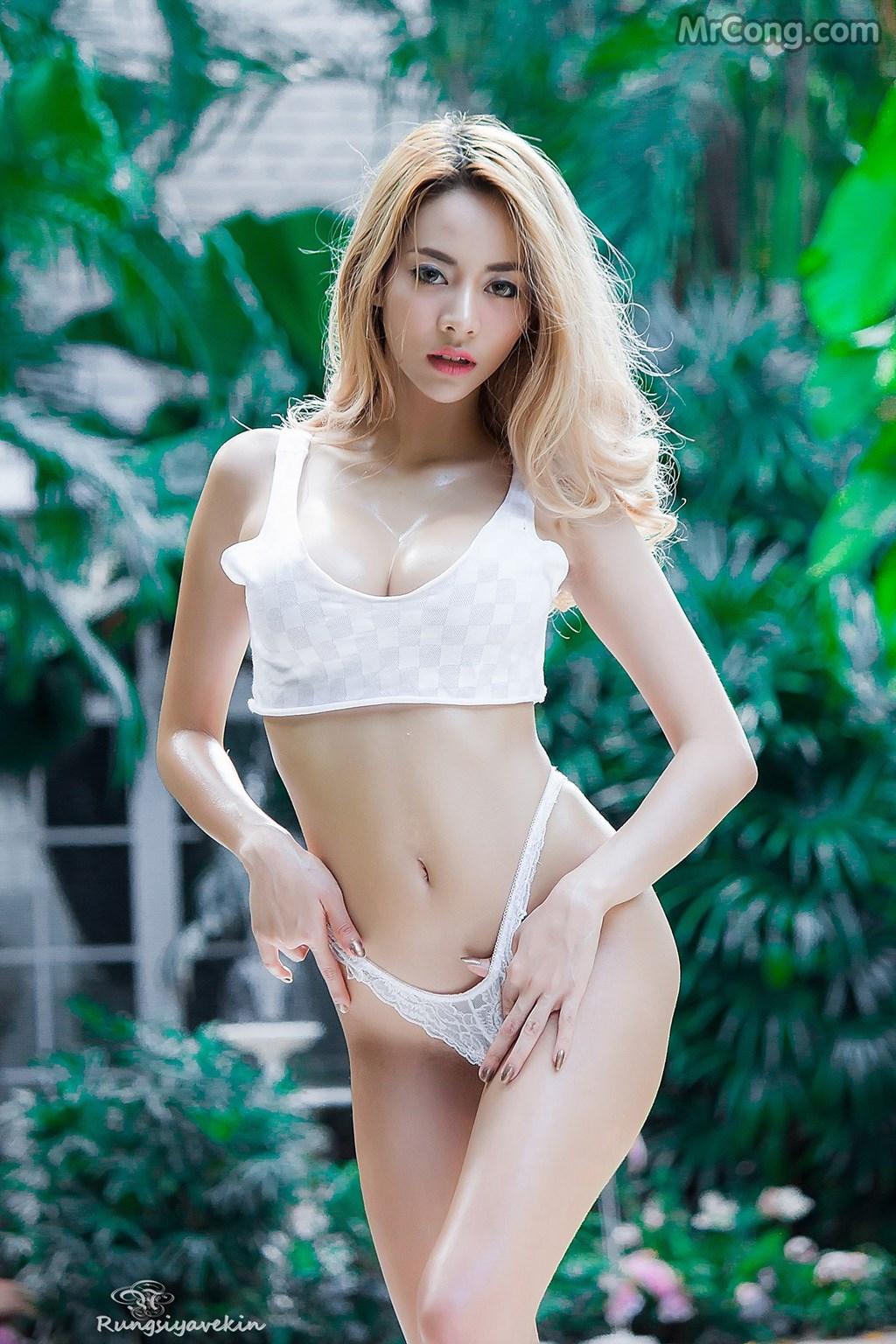Image Nguoi-mau-Thai-Lan-Jiraporn-Ngamthuan-MrCong.com-004 in post Người đẹp Jiraporn Ngamthuan nóng bỏng tạo dáng với trang phục biển mát rượi (28 ảnh)