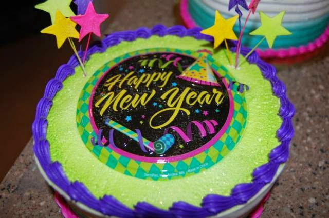 Happy New Year 2019 Cake Ideas for Friends