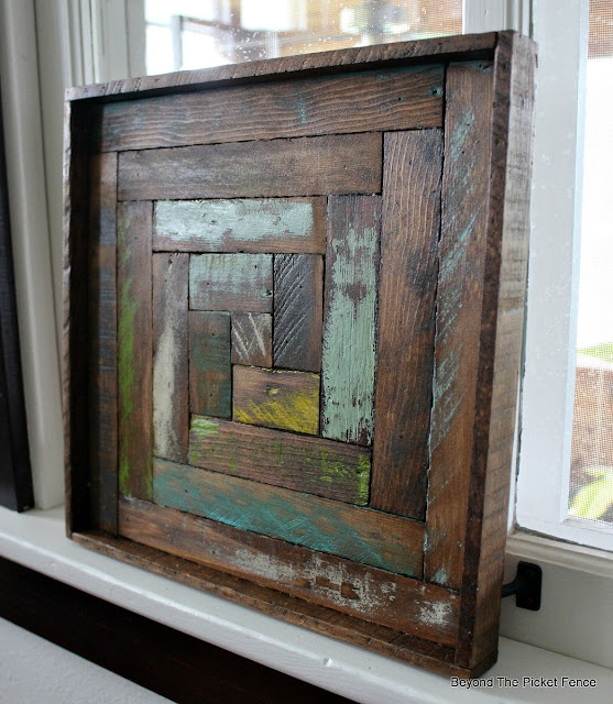 reclaimed wood, log cabin, art, wood lath, old schoolhouse, DIY, http://bec4-beyondthepicketfence.blogspot.com/2016/05/reclaimed-wood-log-cabin-square.html