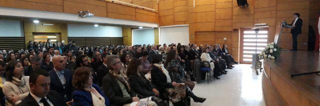 Numeroso público en cuenta pública en el auditorio Enrique Valdés
