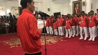 Jokowi Berikan Langsung Bonus Atlet Sebelum Penutupan Asian Games