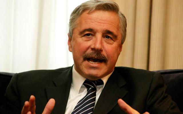 Διπλωματική πρωτοβουλία θα αναλάβει η Αθήνα για τον αγωγό φυσικού αερίου Μπουργκάς-Αλεξανδρούπολη, μετά την απόφαση της Βουλγαρίας να εγκαταλείψει το έργο. -