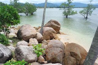 wisata pantai sumatera barat