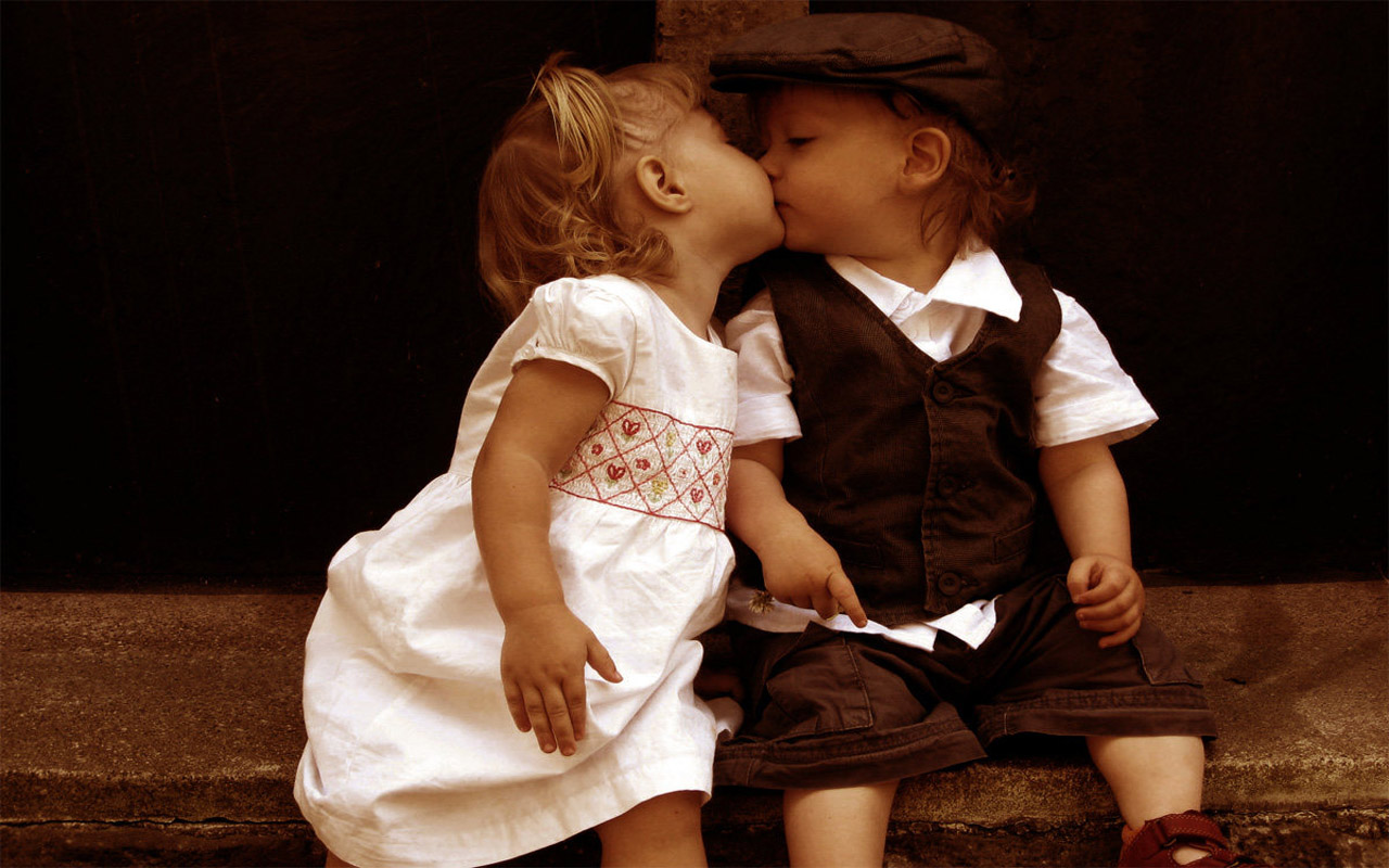Beutifull Cute Hd Wallpapers Baby Kiss Desktop Dounlod -4355
