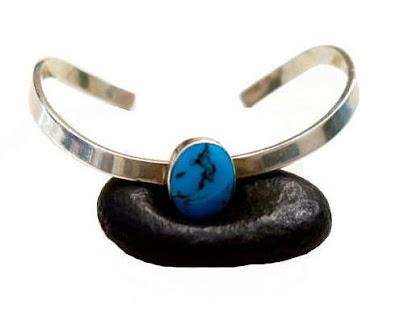 http://nuts-smith.biz/et-jewelry-bracelet-53-turquoise-cuff.html