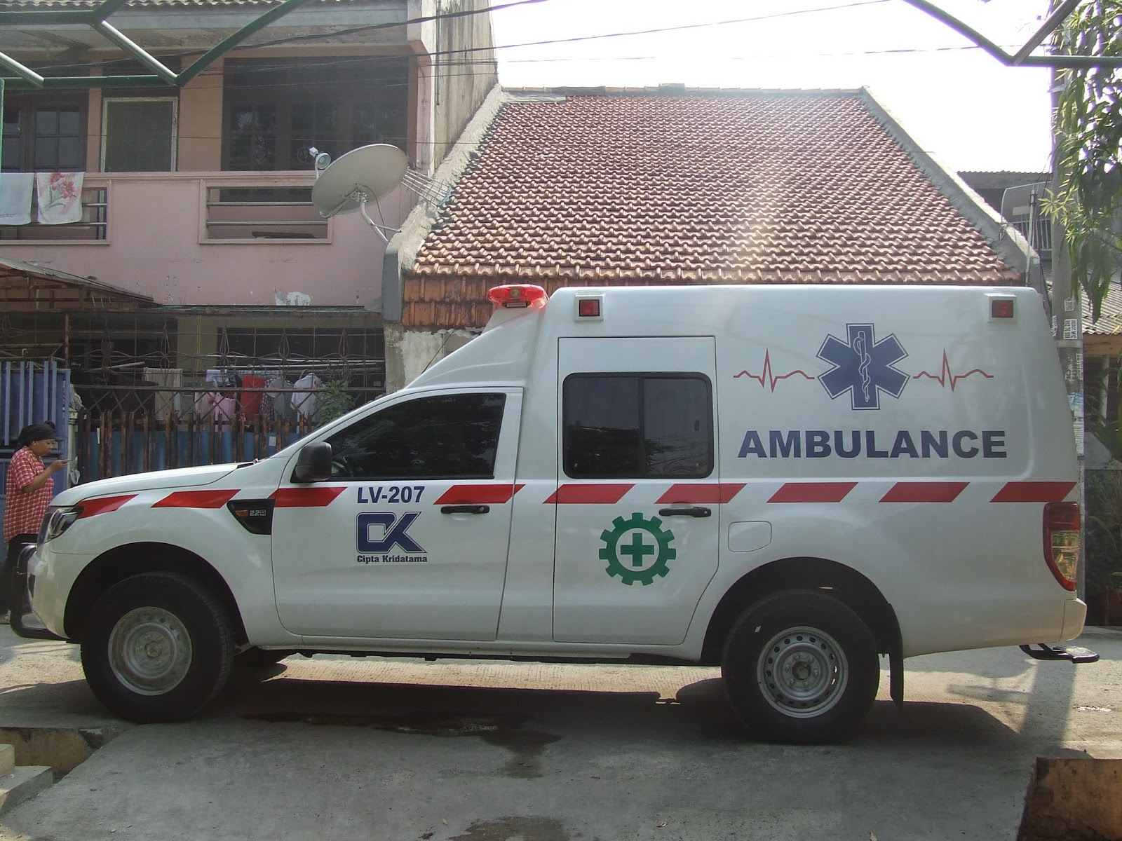 Mobil+Ambulan