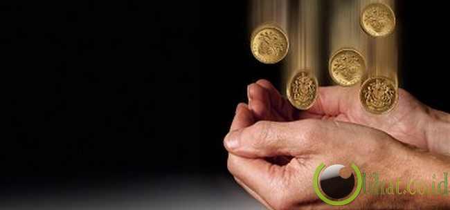 Sebuah koin yang dijatuhkan dari bangunan yang sangat tinggi dapat membunuh pejalan kaki di bawah