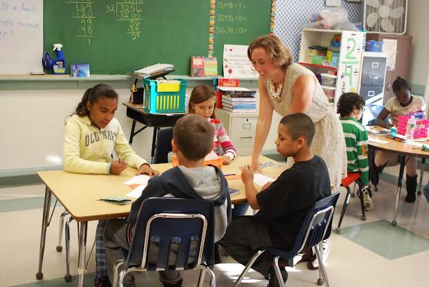 Elementary School Teachers Teaching