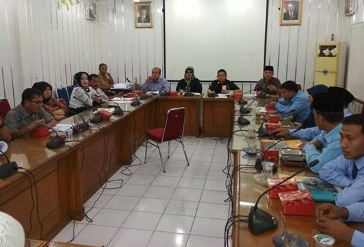 Hearing Komisi IV, DPRD Kota Padang Cecar Ketua Baznas