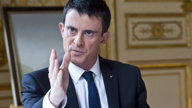 Manuel Valls veut couper les financements étrangers dans les mosquées en France.