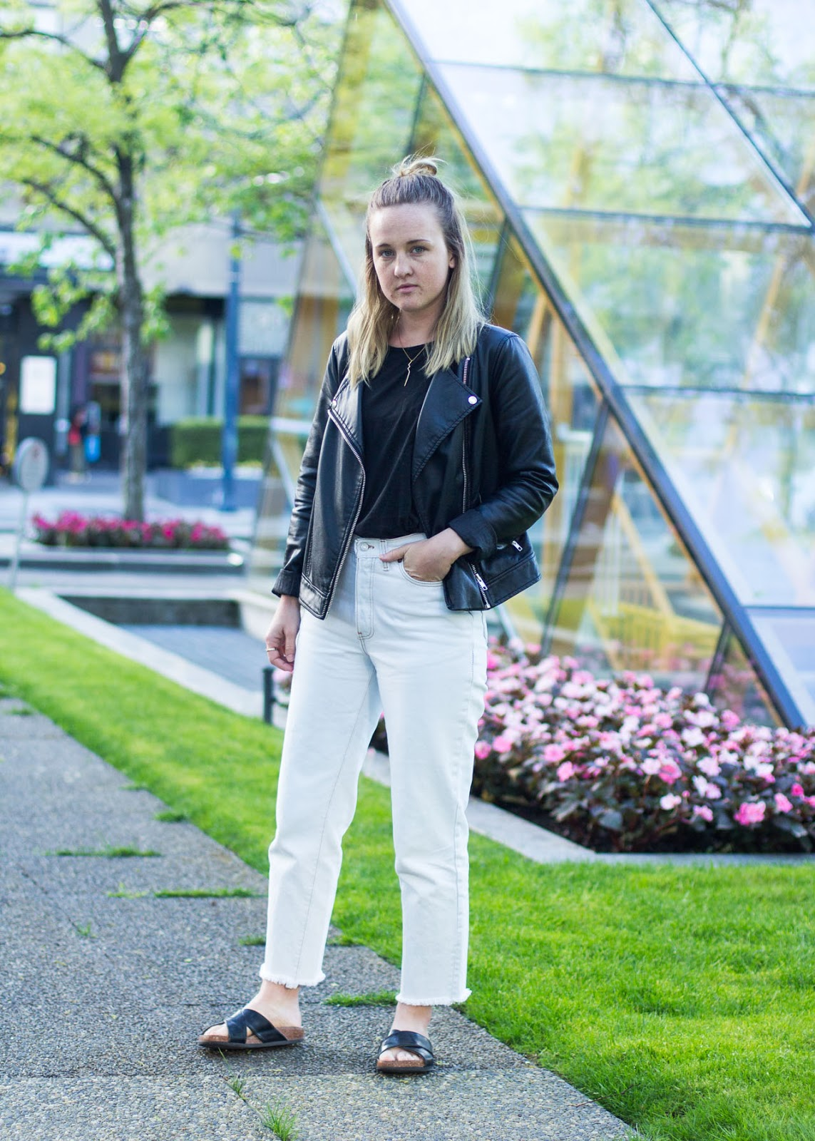 Vintage Levi's jeans - new in wardrobe - outfit - Vancouver Fashion Blogger
